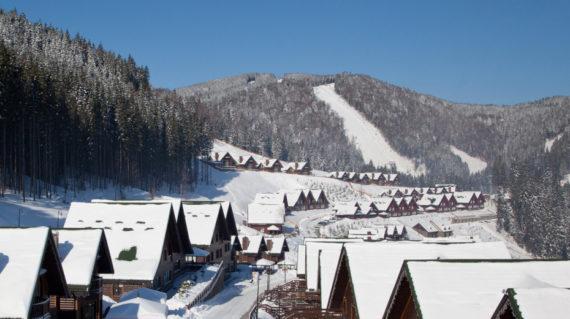 bukovel_skiresort_territory